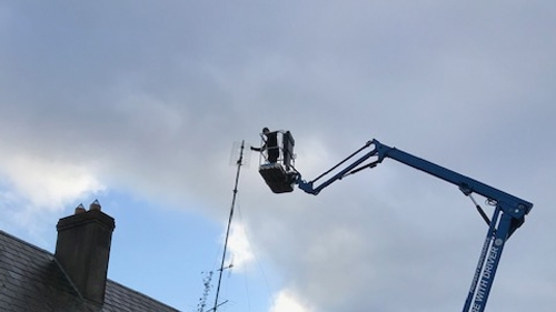 Cherry picker - perform maintenance on an antenna
