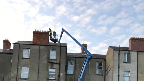 chimney repair - cherry picker